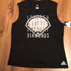 Women's Medium Softball Tank Fastpitch Graphic Tee